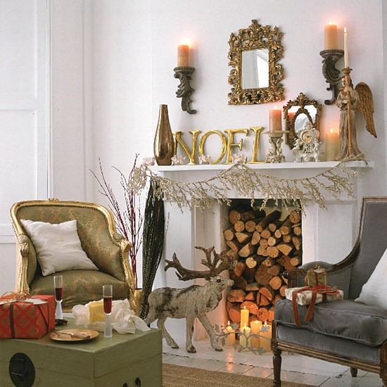Christmas Living Room Decorating Ideas: Fireplace With Chairs And Christmas Decorations