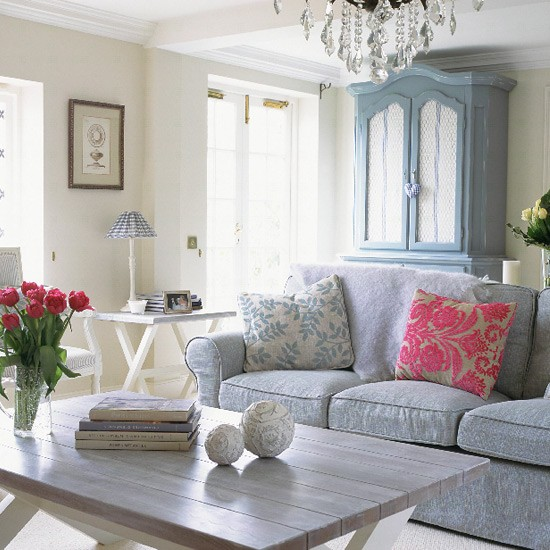 French style living room living rooms patterned sofa - French shabby chic living room ideas ...