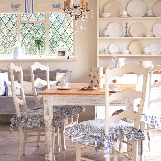 Country Dining Room Decorating Ideas: French-style Country Dining Area