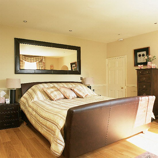 Brown leather bedroom bedroom furniture decorating - Brown bedroom furniture decorating ideas ...