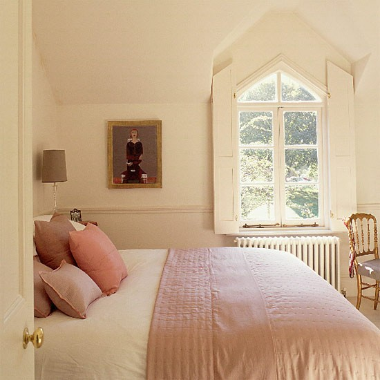 Cream Color Bedroom Ideas Small Bedroom Design With Desk Bedroom Sets Jacksonville Nc Bedroom Chairs Cheap: Small Cream Bedroom With Gothic Windows And Silk Quilt