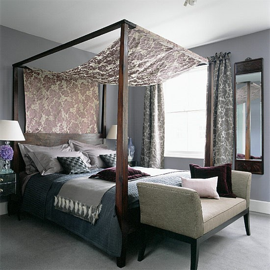 four poster bedroom with silks and velvets. Black Bedroom Furniture Sets. Home Design Ideas