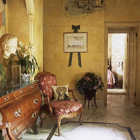 Victorian Hallway: Hallway Furniture