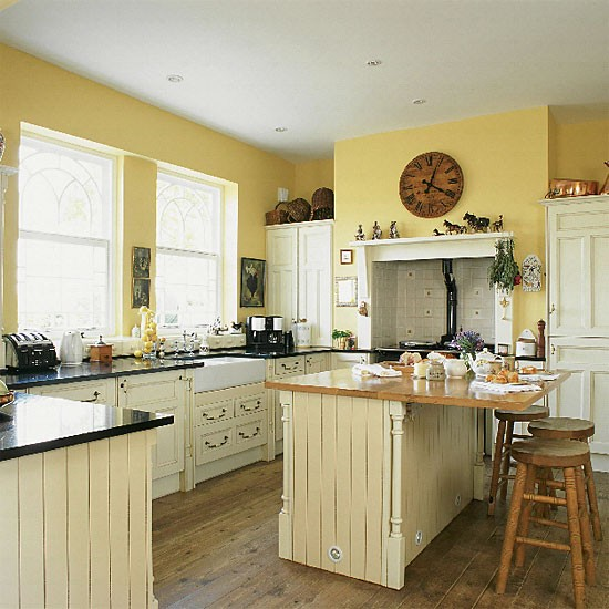 Pale Yellow Kitchen Cabinets: Yellow Country Kitchen