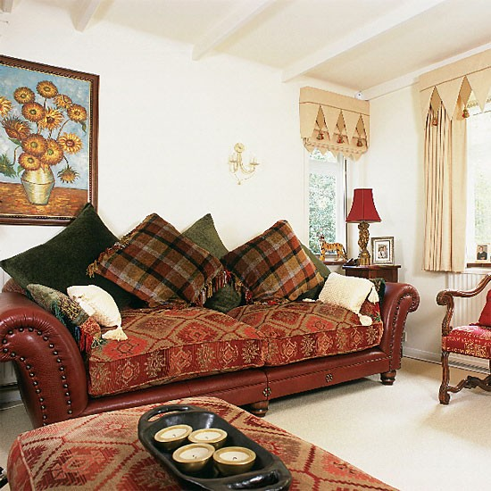 Small Eclectic Living Room Decorating Ideas: Eclectic Living Room