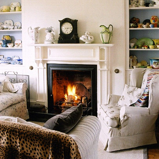 Living Room Decorating Ideas With Fireplace: Living Room With Fireplace