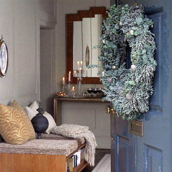 Decorating Ideas Entrance Hall: Hallway And Front Door With Christmas Decorations