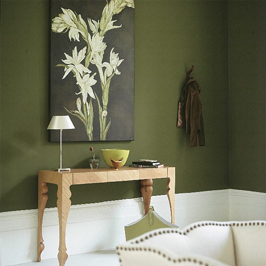 Olive Green Wall: Olive Green Living Room