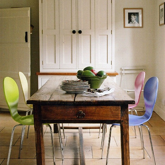 Cottage Style Dining Room: Dining Room Furniture