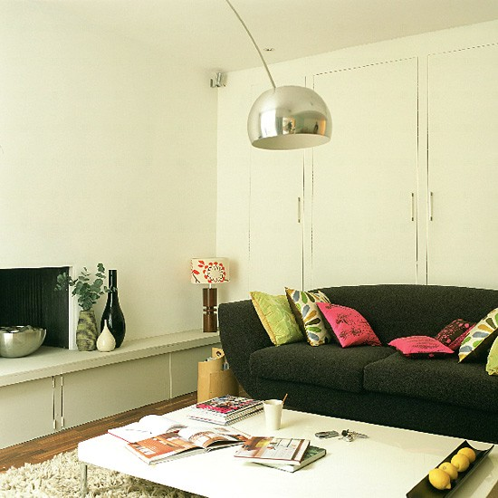 Housetohome Co Uk: Living Room With Built-in Storage