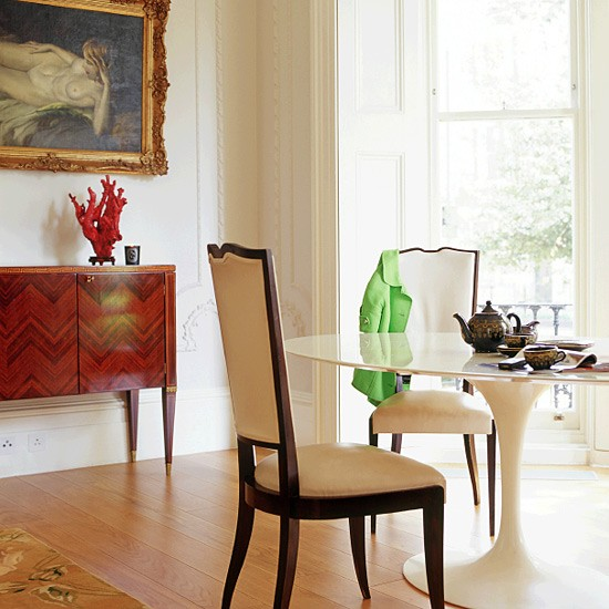 Victorian Dining Room: Dining Room With Vintage And Modern Accessories