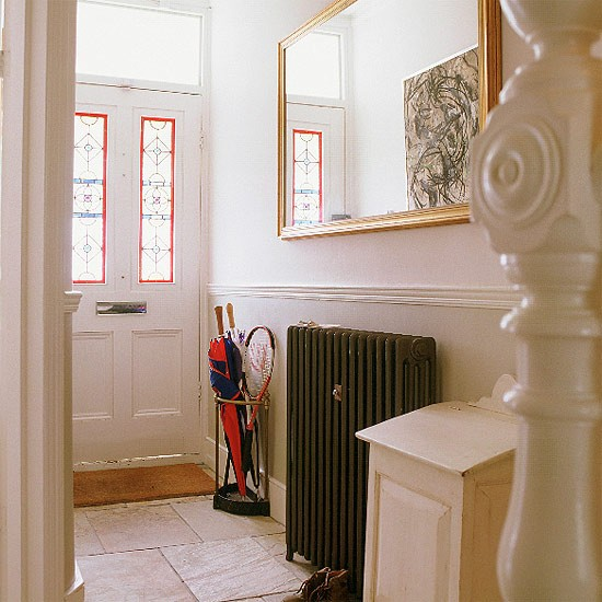 Victorian Hallway: Classic Furniture