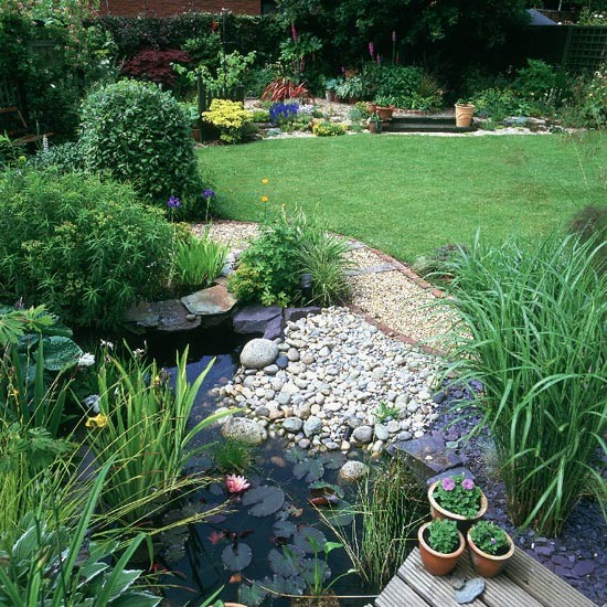 Garden Design Ideas With Pebbles: Wildlife Pond Surrounded By Pebbles