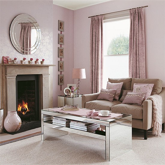 Pink Living Room Ideas: Shell Pink Living Room With Reflective Accessories
