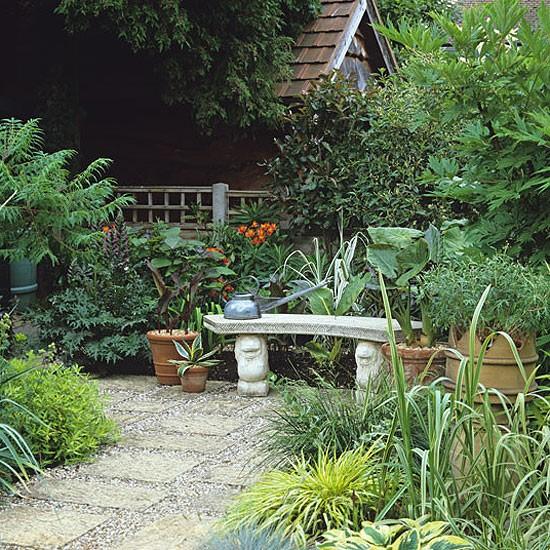 Home Garden Design Ideas Houzz Green Tropical House Small: Garden With Small Courtyard