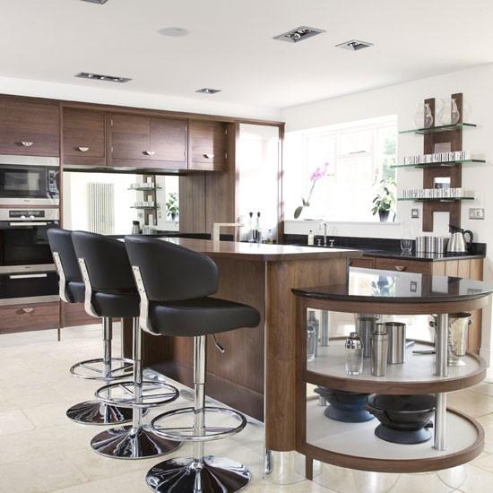 Walnut Kitchen Designs: Glass And Walnut Kitchen