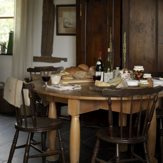 Farmhouse Dining Room Colors: Dining Room Furniture
