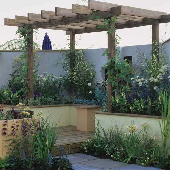 Small Garden Designs: Small Garden With Wooden Pergola