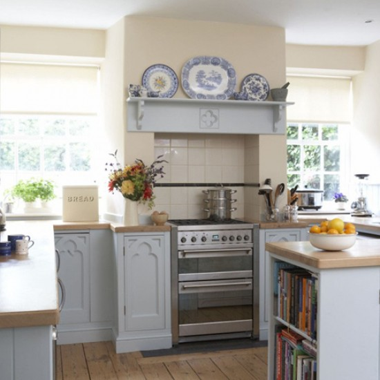 20 Charming Cottage Style Kitchen Decors: Country-cottage Kitchen
