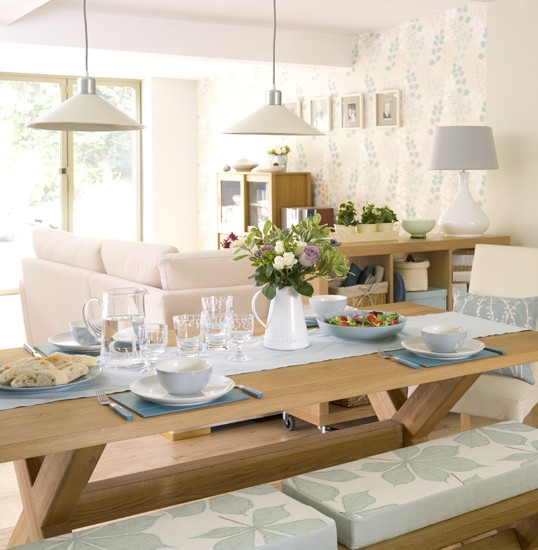 Open Dining Room: Open-plan Dining Area