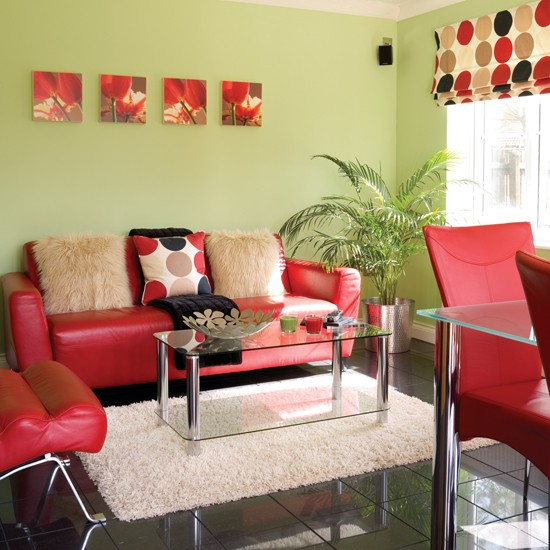 Red Living Room: Green & Red Living Room