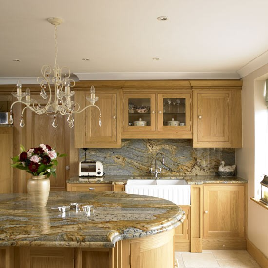 Wooden Kitchen Cabinets Uk: Traditional Wooden Kitchen
