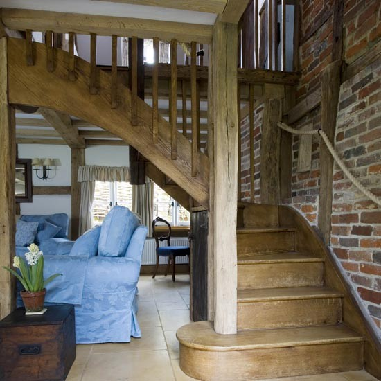 40 Rustic Living Room Ideas To Fashion Your Revamp Around: Rustic Hallway