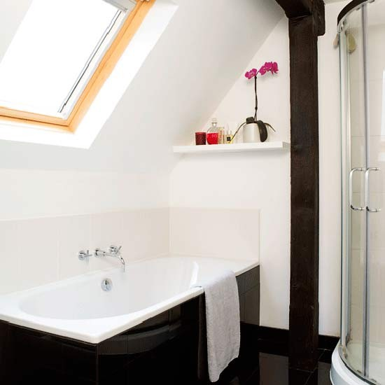 Compact en suite bathroom - Bathroom shower designs small spaces ...