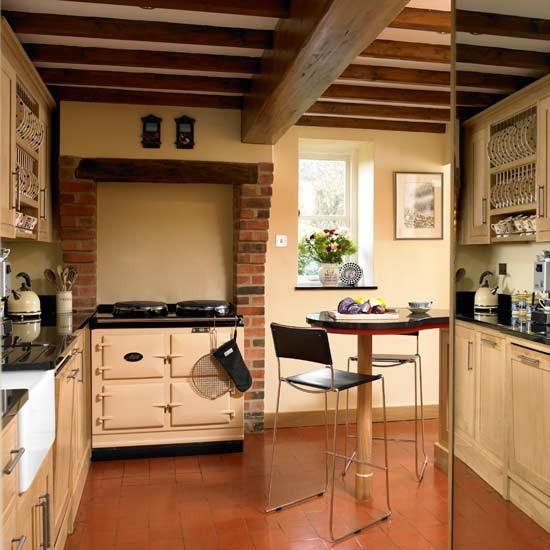 Inn style kitchen kitchens decorating ideas image - Farmhouse decor ideas for kitchen ...