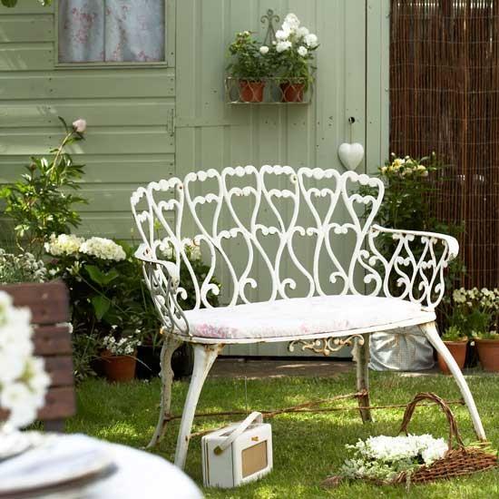 Antique Garden: Vintage Garden Ideas And Décor Inspiration