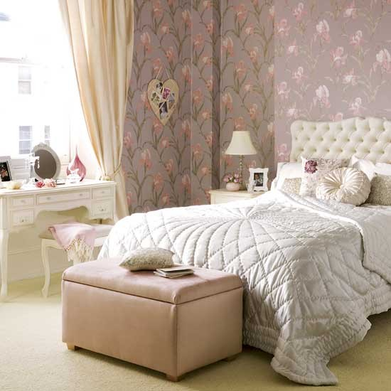 Feminine Bedroom Designs