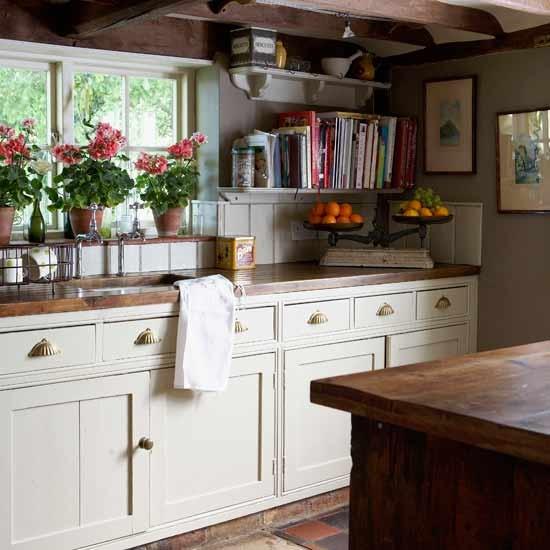 Housetohome Co Uk: Country Village Kitchen
