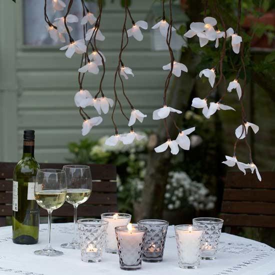 Atmospheric Lighting Create An Elegant Look For Outdoor