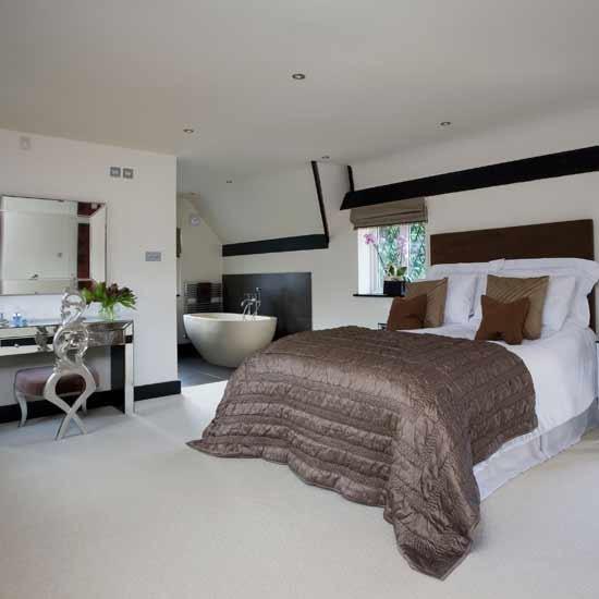 Open-plan Modern Bedroom