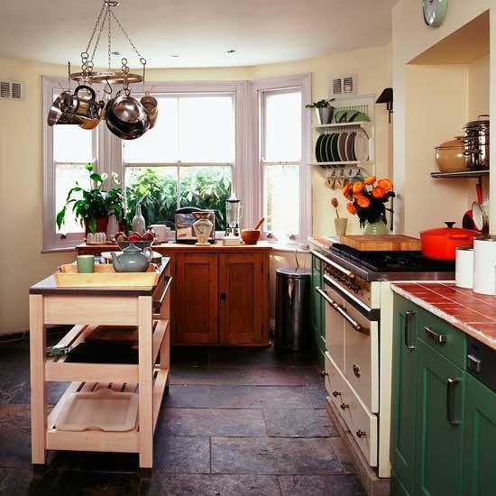 Shaker Style Kitchen Ideas: Earthy Shaker Kitchen