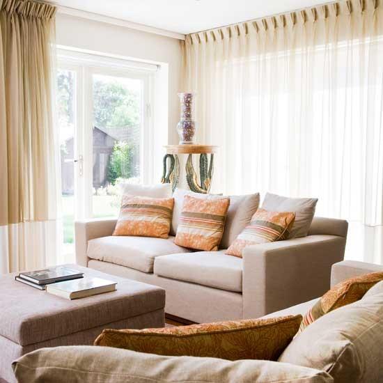 Housetohome Co Uk: Relaxed Living Room