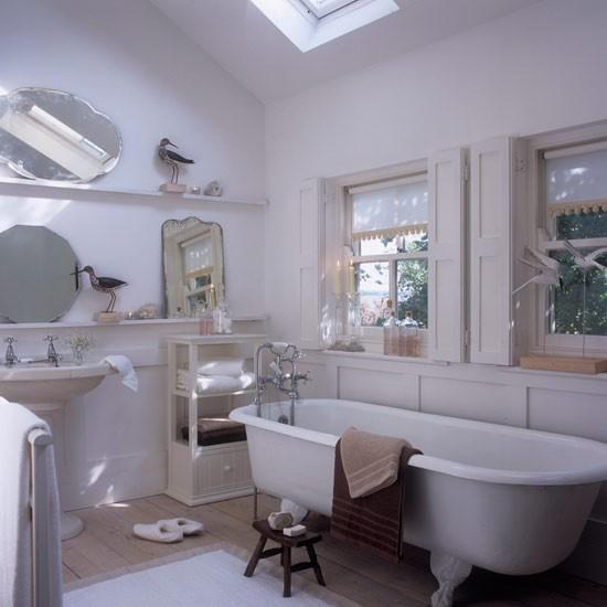 Attic Bathroom: Vintage-inspired Attic Bathroom