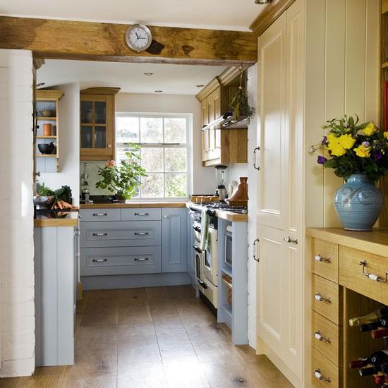 Country Kitchens Ideas: Kitchen Storage Ideas