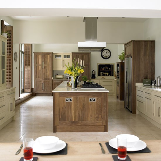 Wooden Kitchen Cabinets Uk: Wood And Cream Kitchen