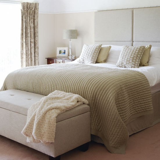 Relaxing Bedroom Decorating Ideas: Country Decorating Ideas