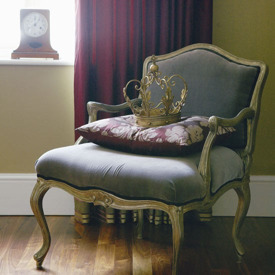 French-style armchair | Christmas decorating ideas | Eco ...