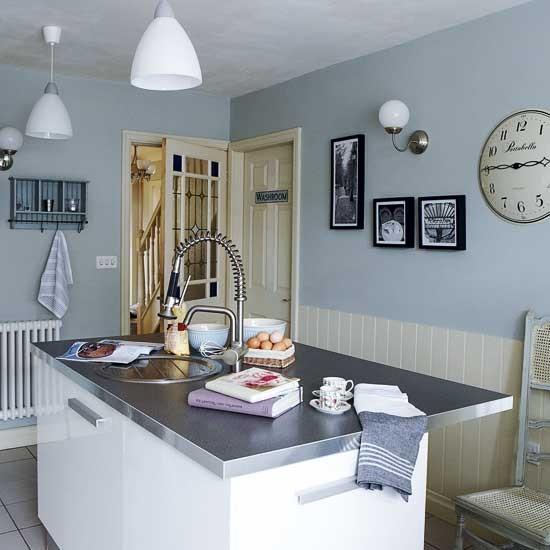Blue Kitchen Walls: Housetohome.co.uk