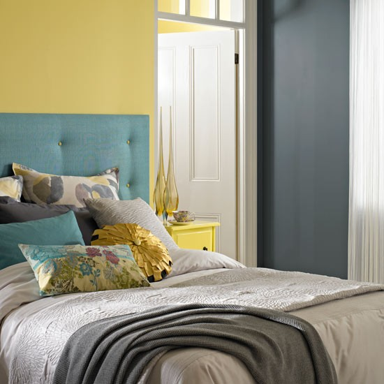 White Bedroom Ideas With Wow Factor: How To Give Your Walls The Wow Factor