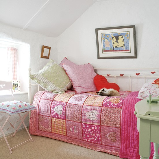 Small Bedroom Decorating Ideas Uk Small Bedroom Ceiling Fan Bedroom Lighting Low Ceiling Bedroom Door At Night: Pink And Green Girl's Bedroom