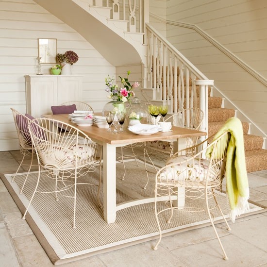 Open Dining Room: Hallway Dining Area