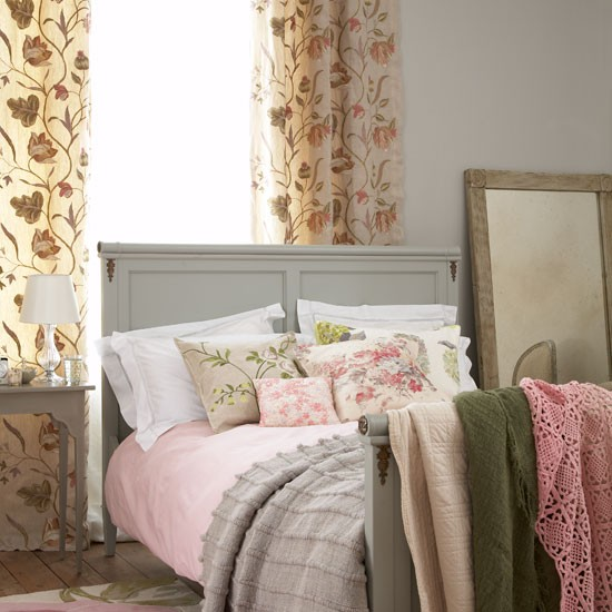 Country Chic Bedroom Decorating Ideas: Housetohome.co.uk