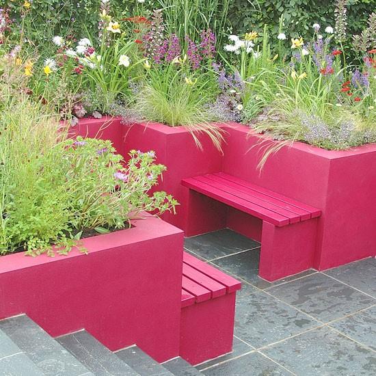 Pink Garden Planters: Colourful Contemporary Garden
