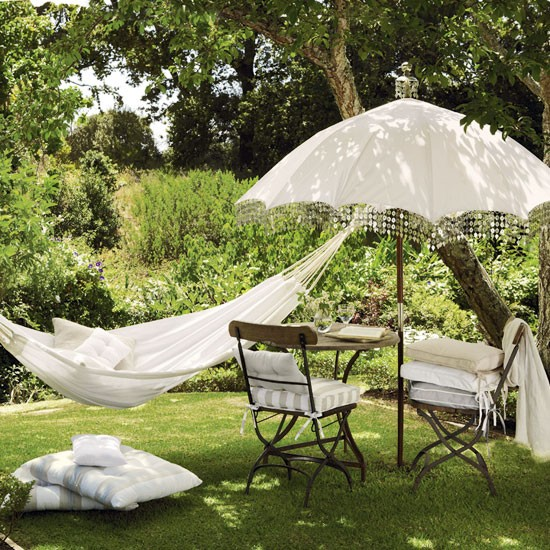 vintage style garden outdoor living garden accessories. Black Bedroom Furniture Sets. Home Design Ideas