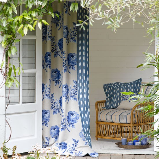Summer Home Decor: Relaxed Garden Summer House