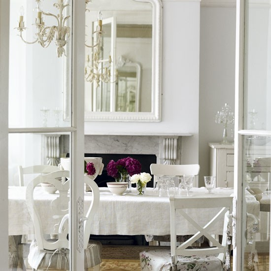 French Dining Rooms: Classic French-style Dining Room